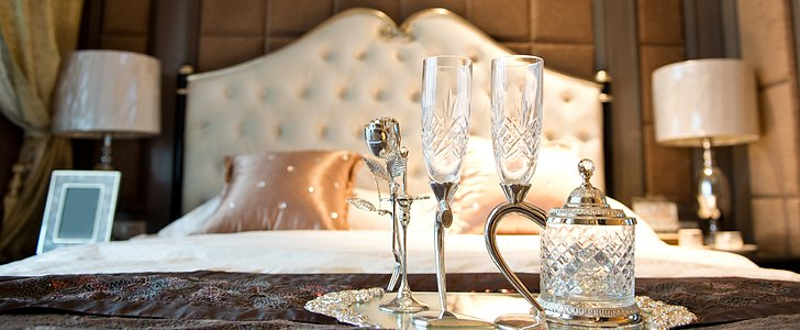 Romantic New Year's Eve Ideas From 7 Couples