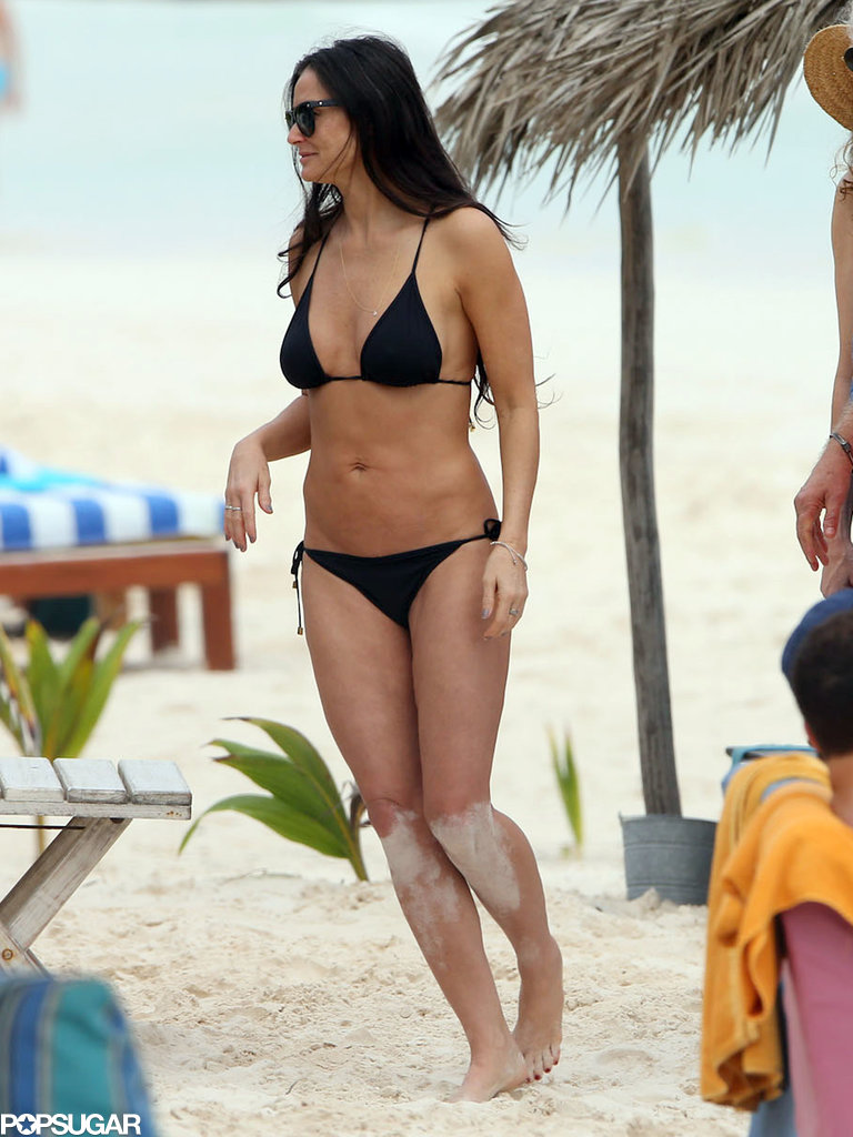 Demi wore a black bikini.