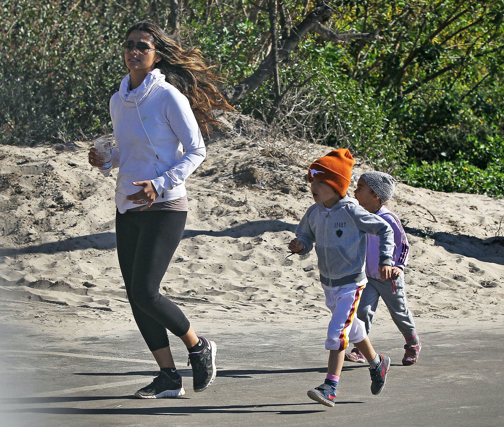 Camila stayed with the kids during the jog.