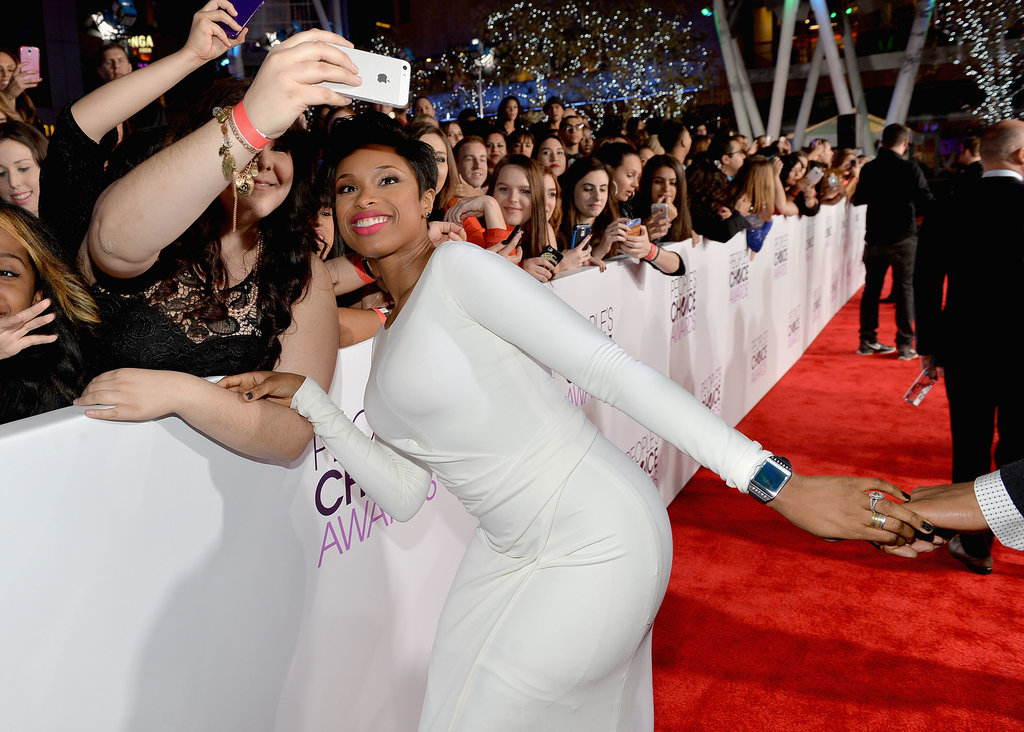 Jennifer Hudson flashed a big grin for a fan selfie.