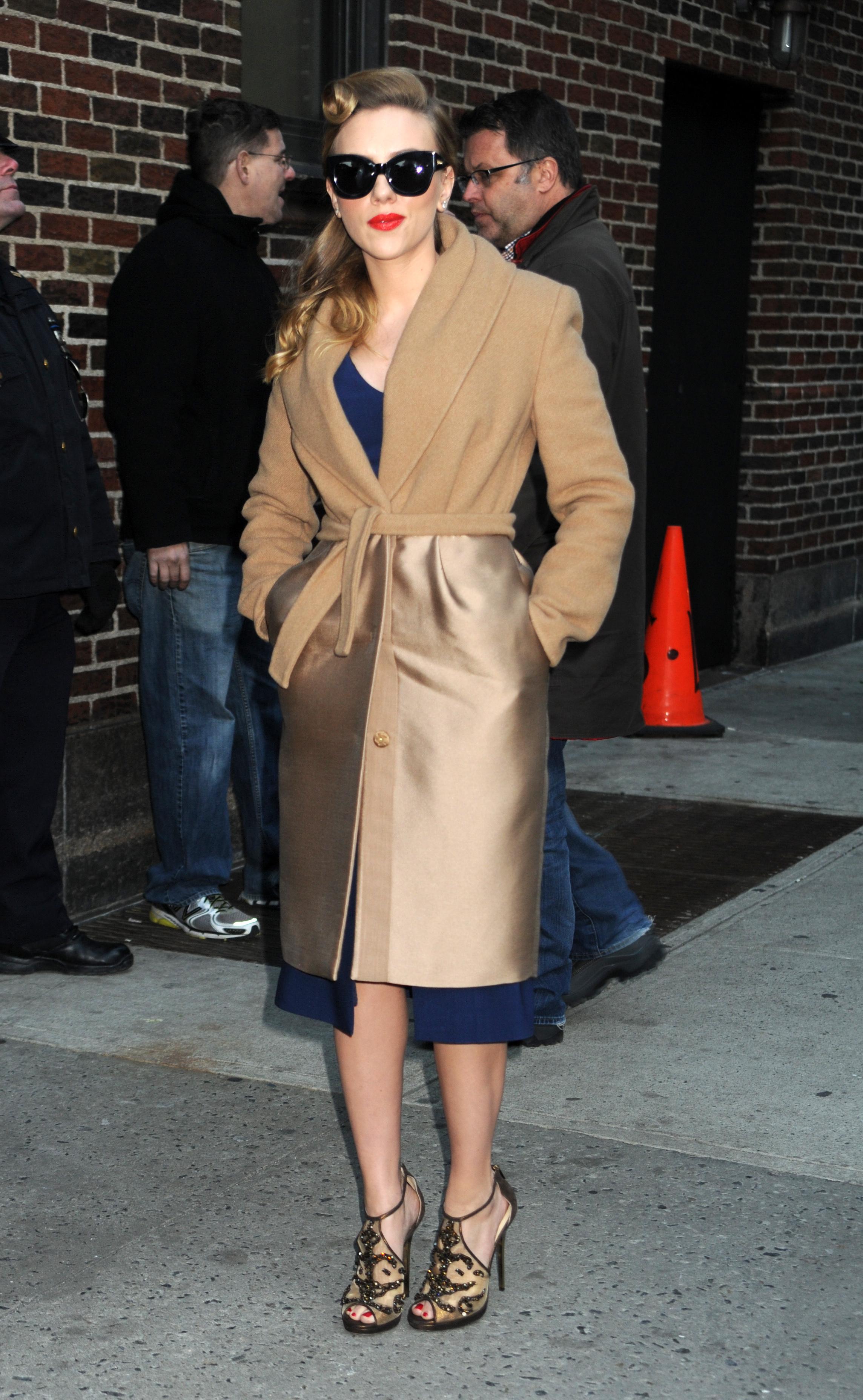 Scarlett Johansson Street-Style