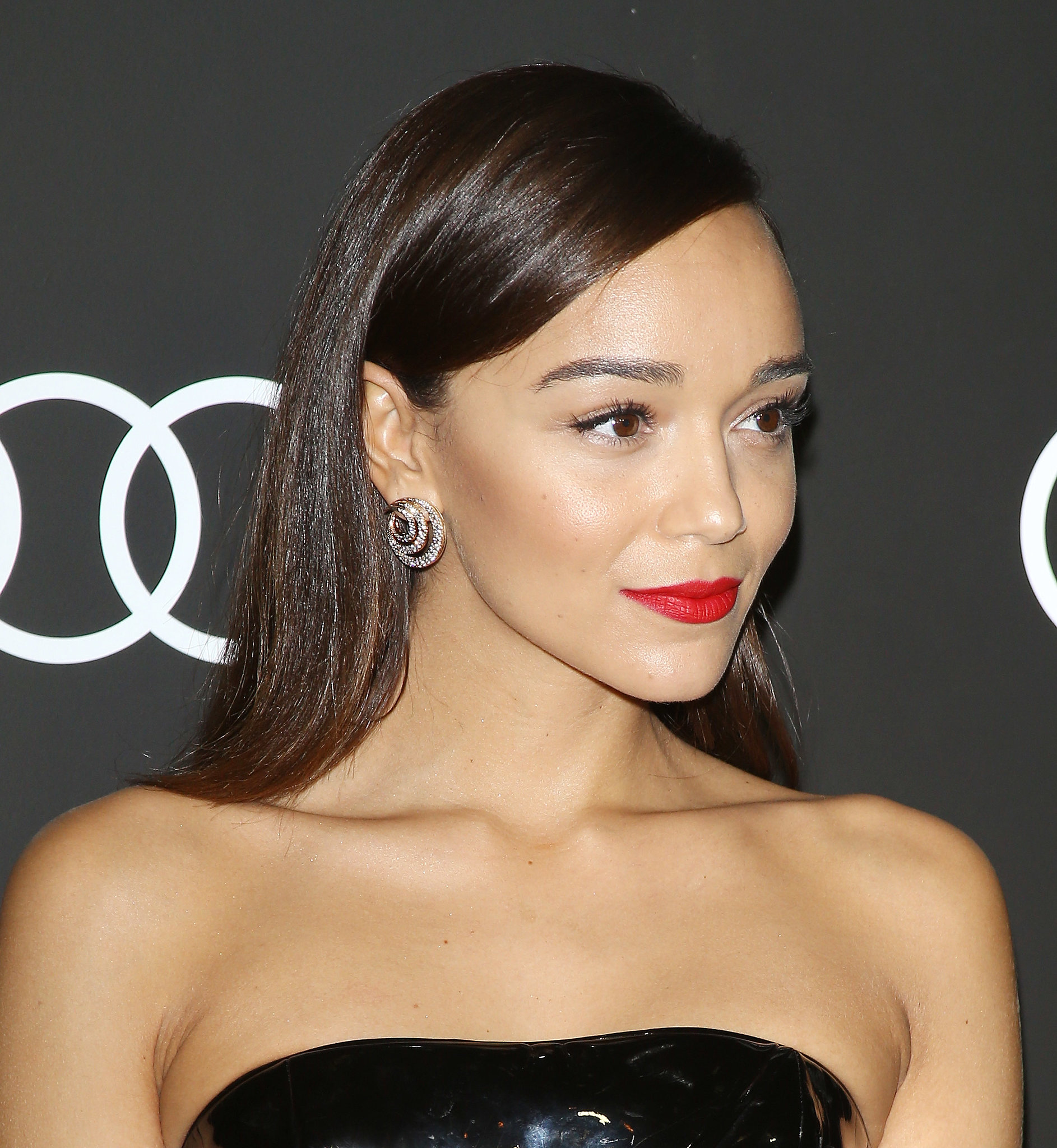 ashley madekwe gif hunt