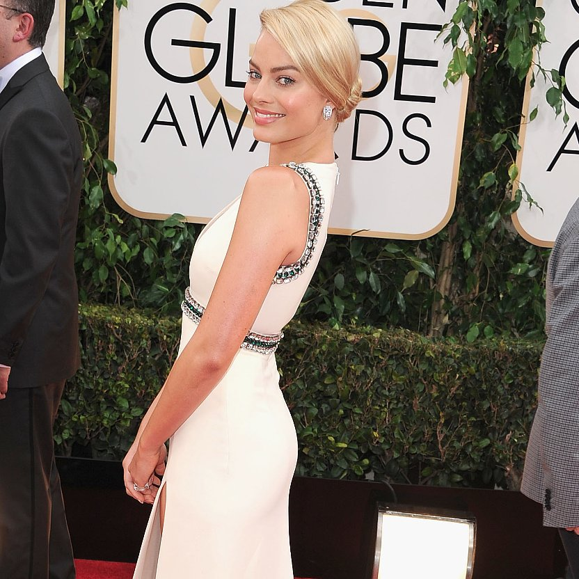 Margot Robbie Dress on Golden Globes 2014 Red Carpet