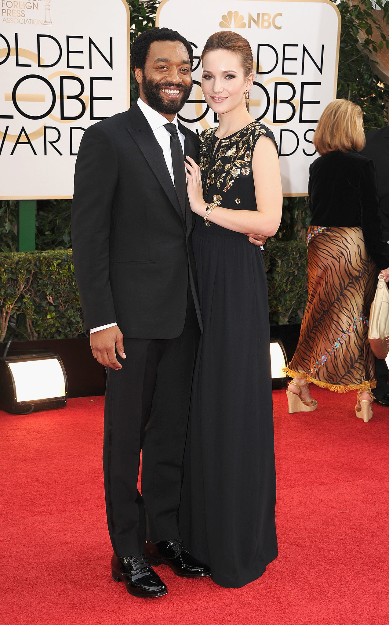 Chiwetel Ejiofor and his girlfriend, Sari Mercer, walked the red carp