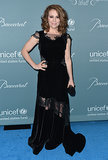 Alyssa Milano stunned in black.