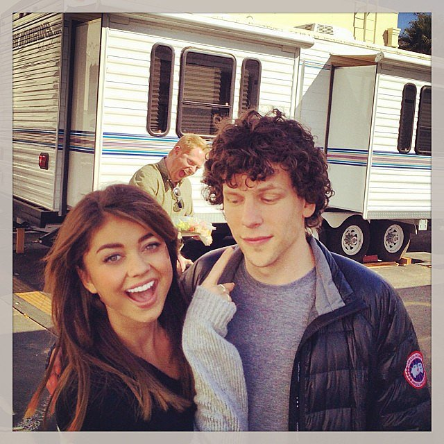 Sarah Hyland goofed off with Jesse Eisenberg on the set of Modern Family while another Jesse — Tyler Ferguson, that is — photobombed them. Source: Instagram user therealsarahhyland