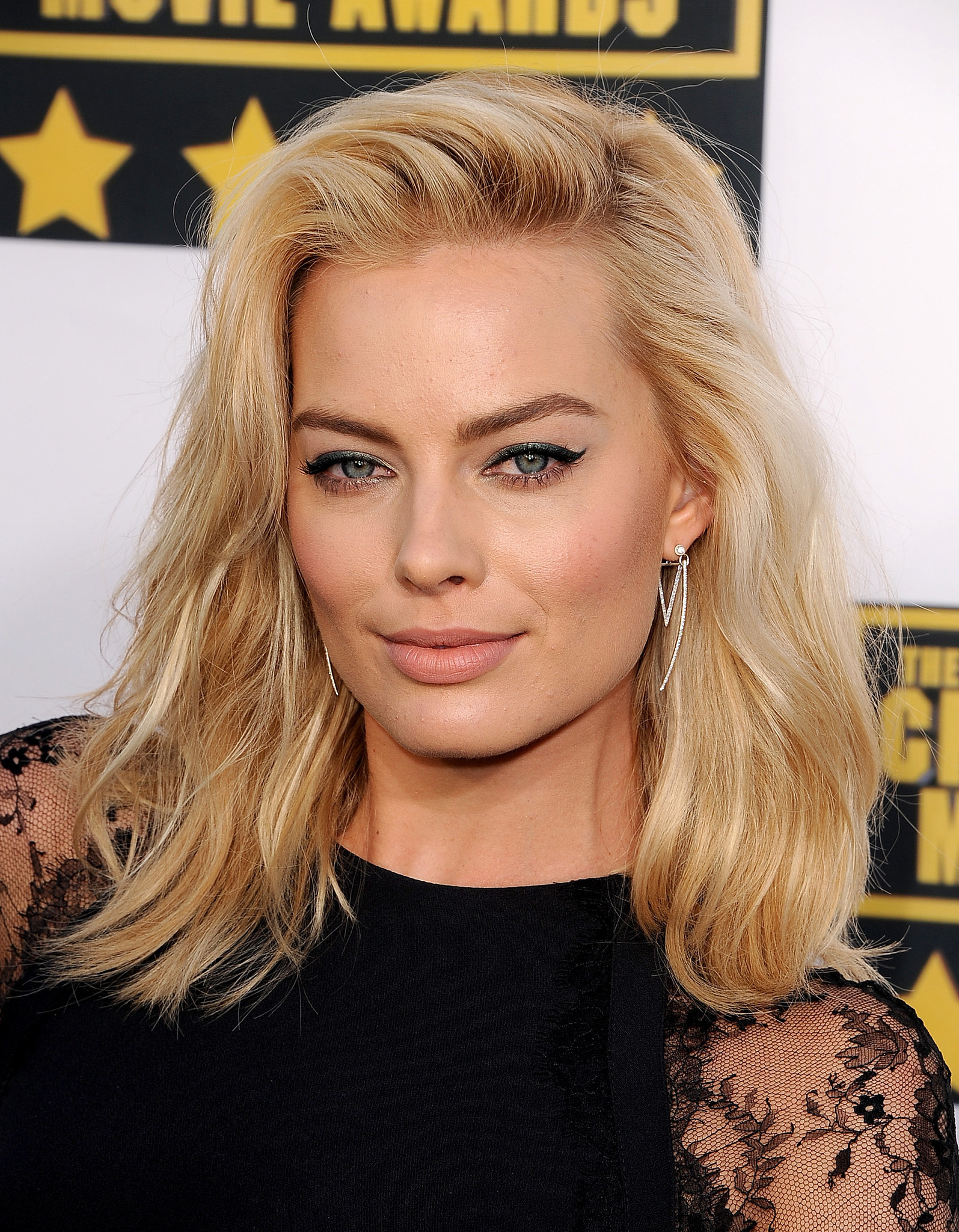 Margot Robbie Hair And Makeup At Critics Choice Awards
