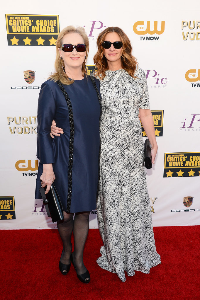 Julia Roberts and Meryl Streep arrived together, both wearing sunglasses — how awesome are they?