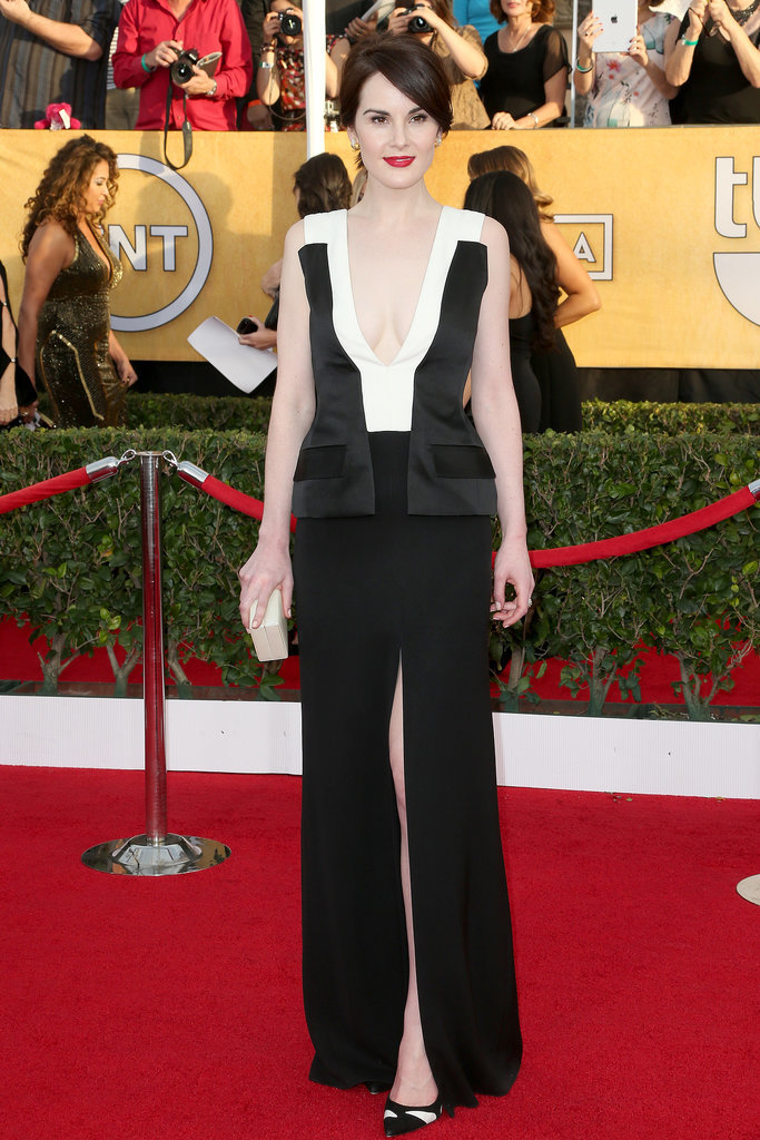 Michelle Dockery brought a menswear-inspired J. Mendel look to the SAG Awards.