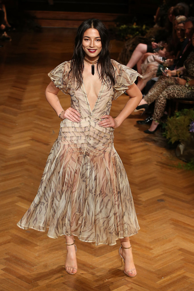 Jessica Gomes in Zimmermann