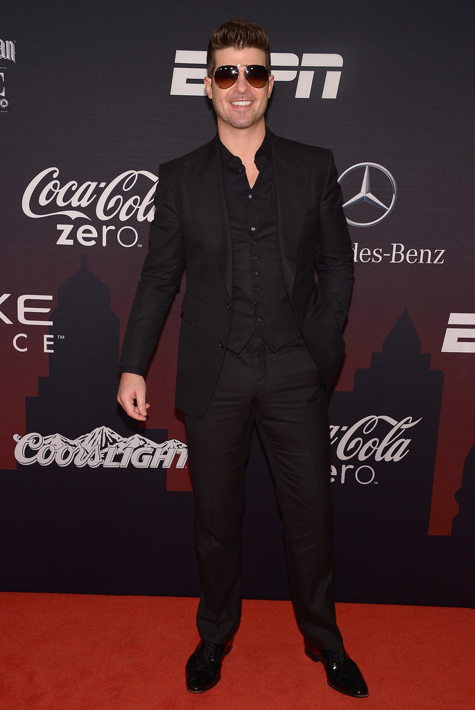 Robin Thicke opted for a suit and shades at the ESPN party.