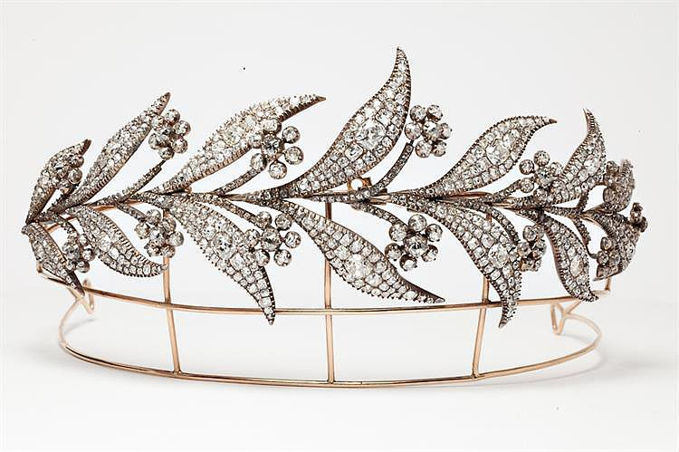 The Tiara Lady Mary Wore For Her Wedding to Matthew Crawley Is Actually Vintage