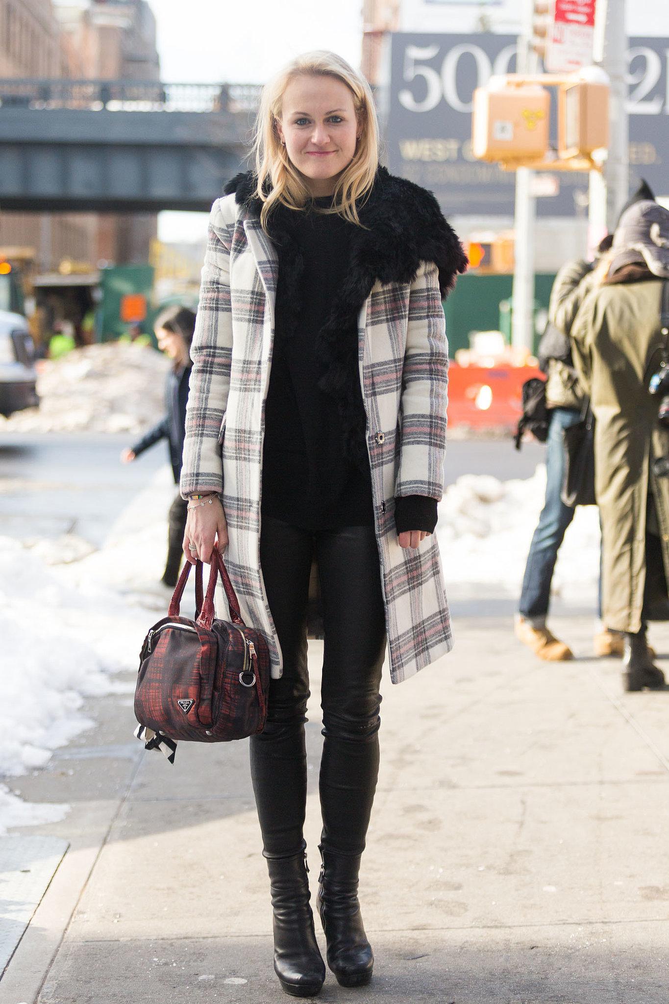 http://media1.onsugar.com/files/2014/02/07/662/n/1922564/9ba023f6ca4ec111_MJJ_0399.jpg.xxxlarge_2x/i/NYFW-Street-Style-Day-1.jpg