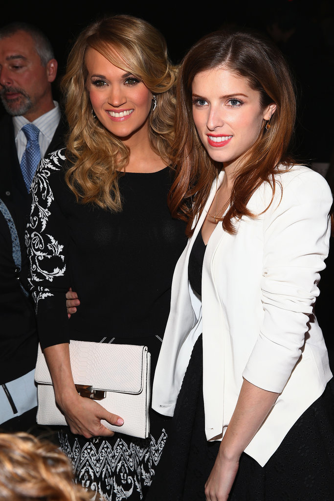 Carrie Underwood and Anna Kendrick posed for a photo together.