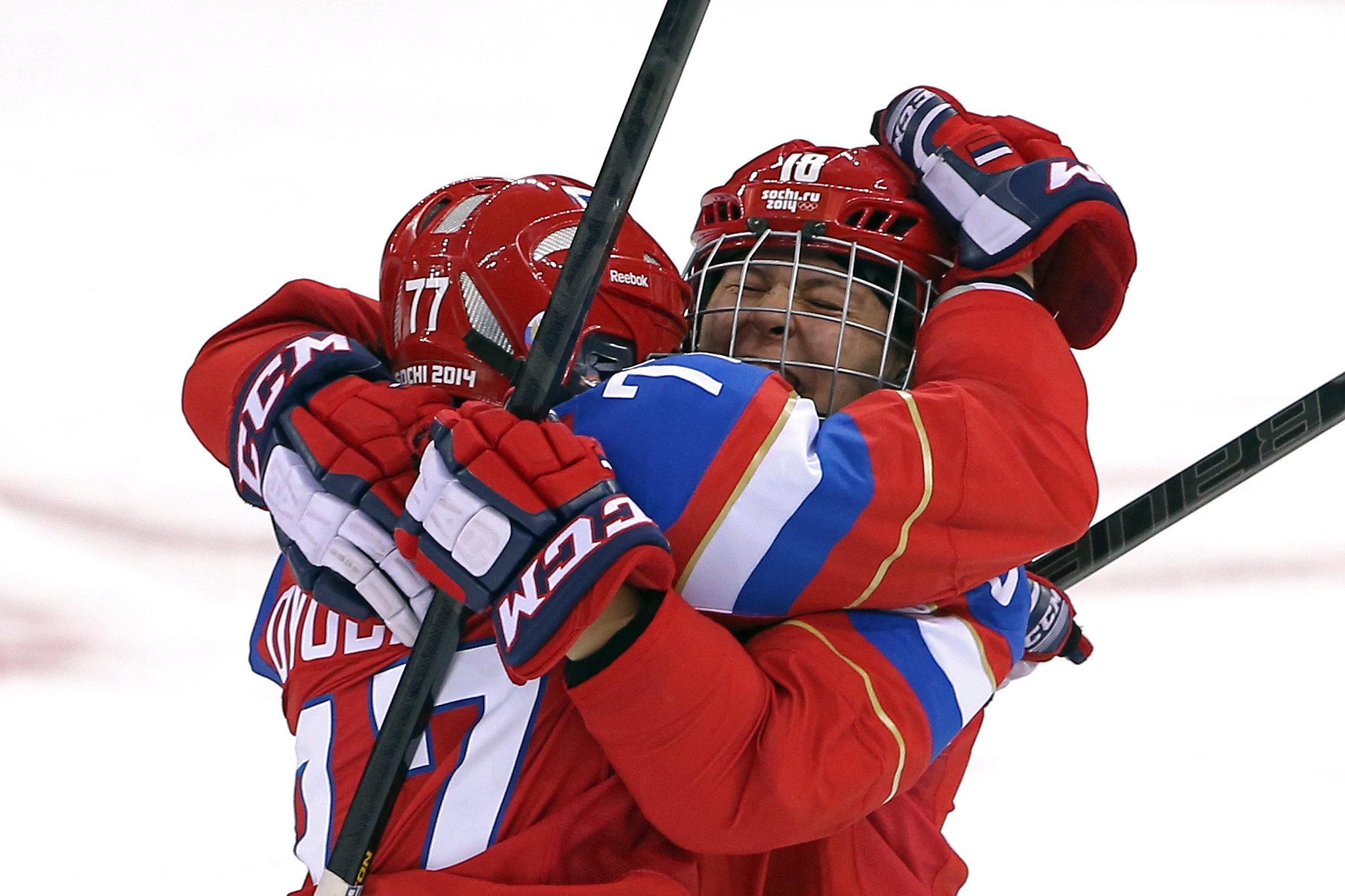 Russian ice hockey players olga sosina and yekaterina smolentseva