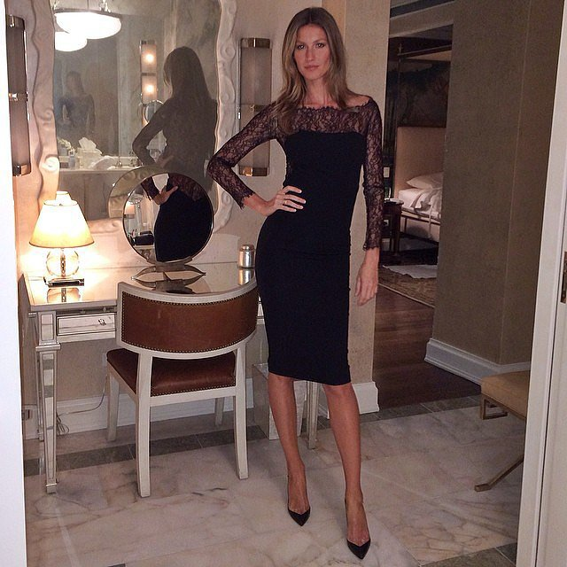 Gisele Bündchen struck a pose before heading to a Fashion Week event in NYC. Source: Instagram user giseleofficial