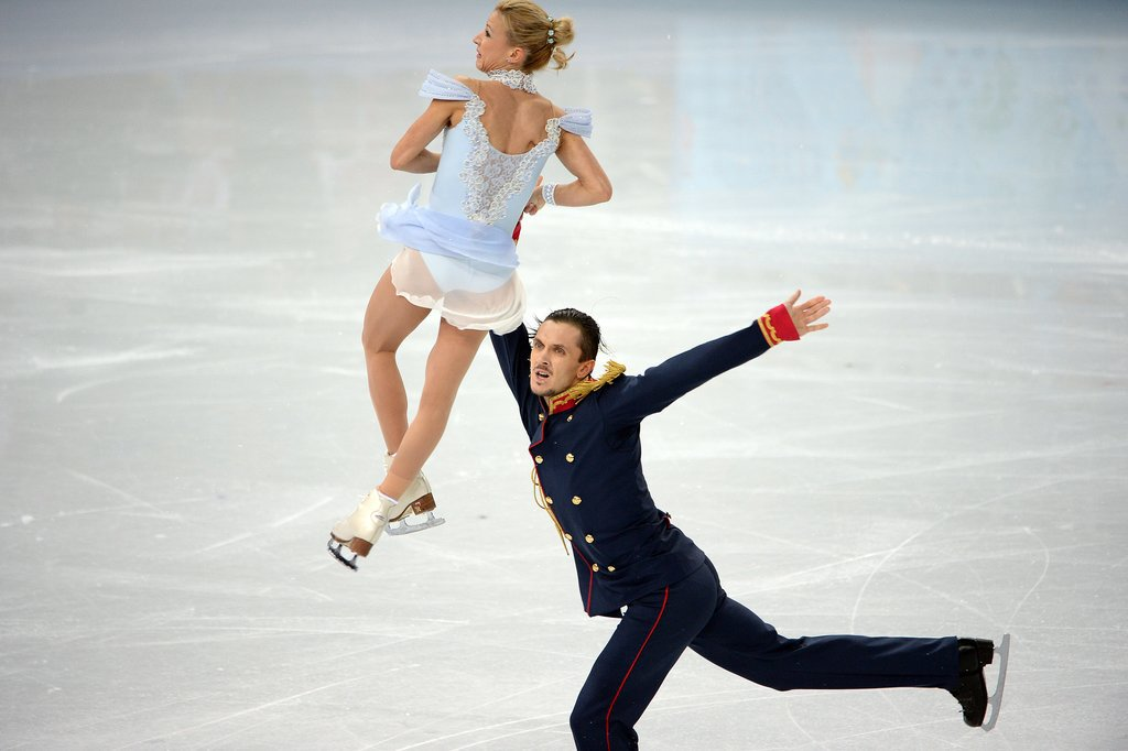 russian skating couple dating Figure skating romances and marriages share russian pair skaters gordeeva and grinkov won virtually every competition they are a couple both on and off the.