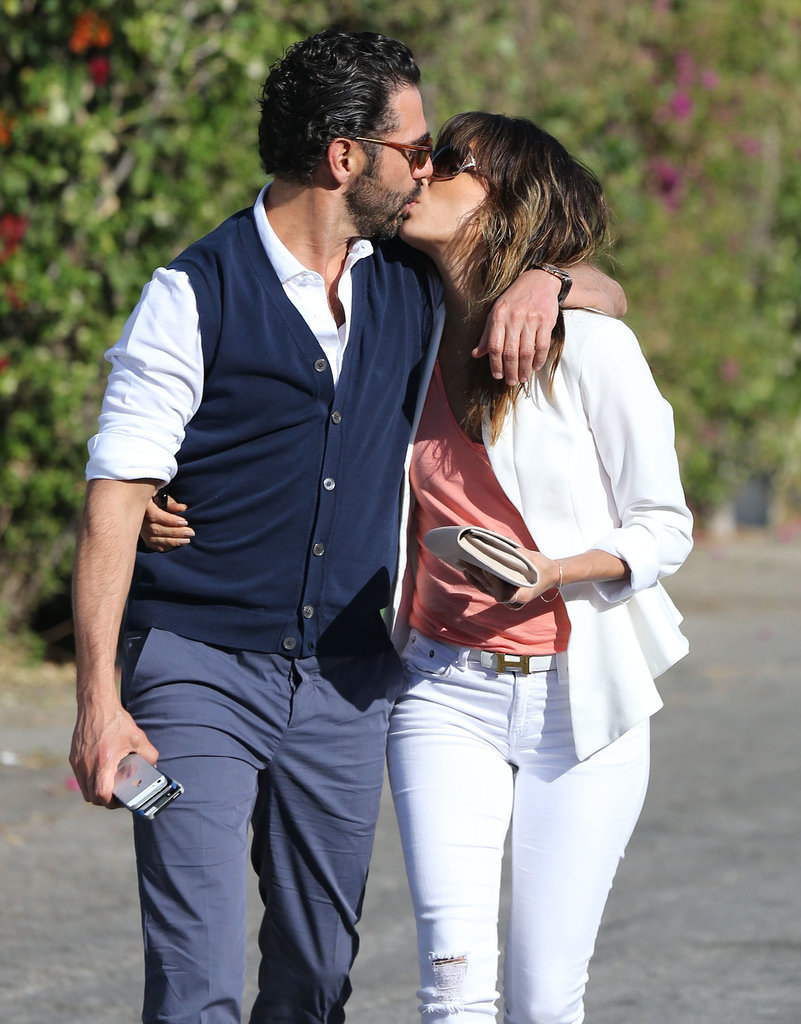 Eva Longoria and her boyfriend, Jose Baston, packed on the PDA in LA.