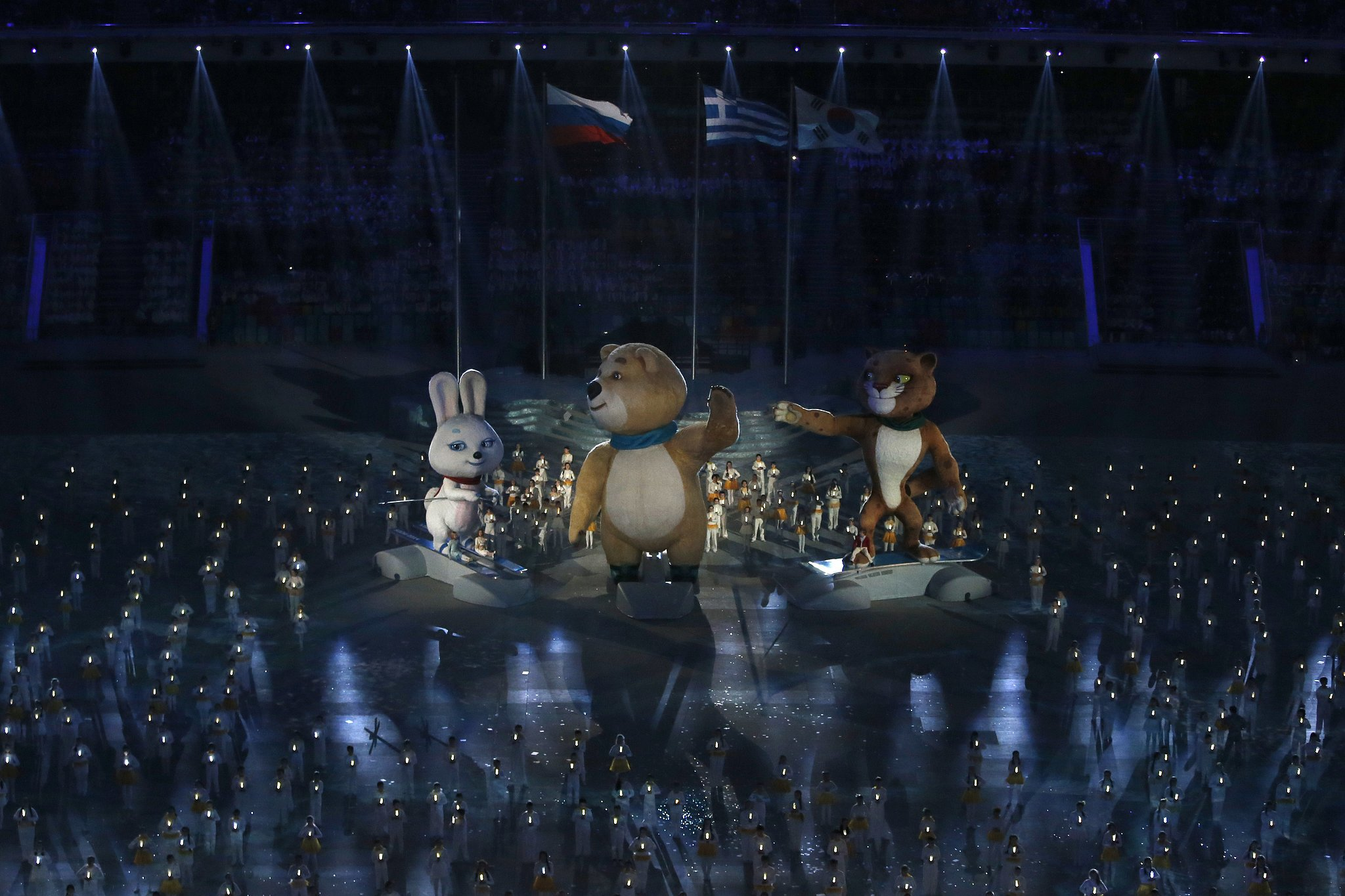 The Sochi bear gave a wave toward the end of the closing ceremony.