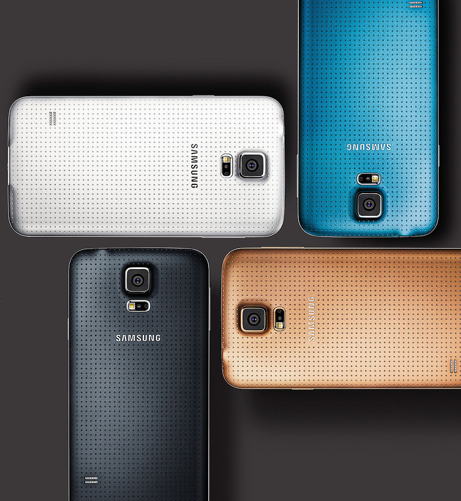Samsung Introduces Its Heart-Rate-Monitoring, Fingerprint-Scanning Galaxy S5 Smartphone