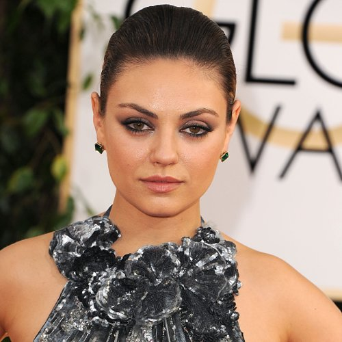 Mila Kunis Hair and Makeup Pictures