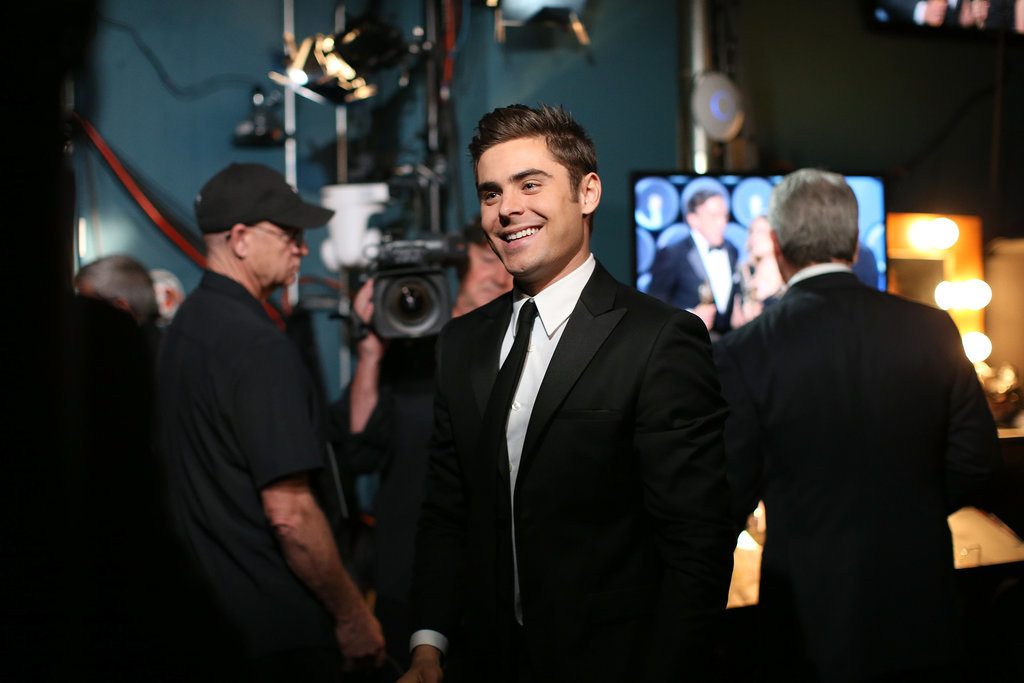 Zac Efron Brings His Suit and Smirk to the Oscars