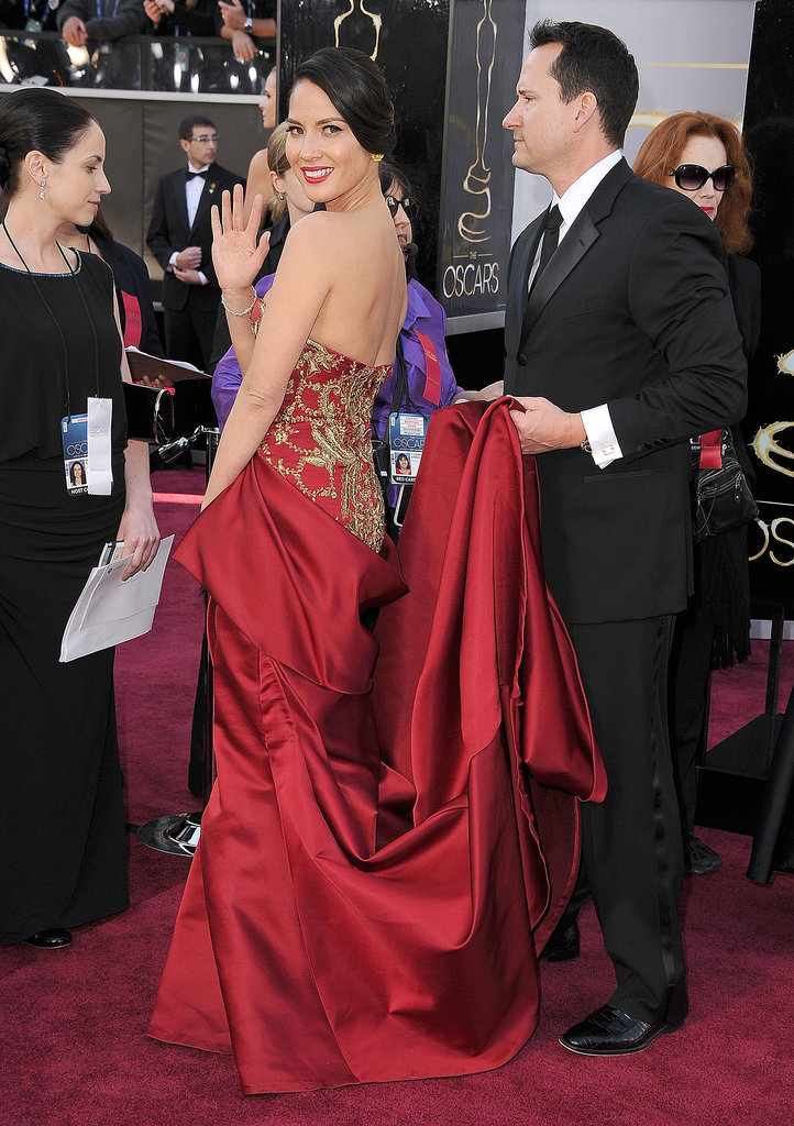 Olivia Munn in Marchesa at the 2013 Oscars
