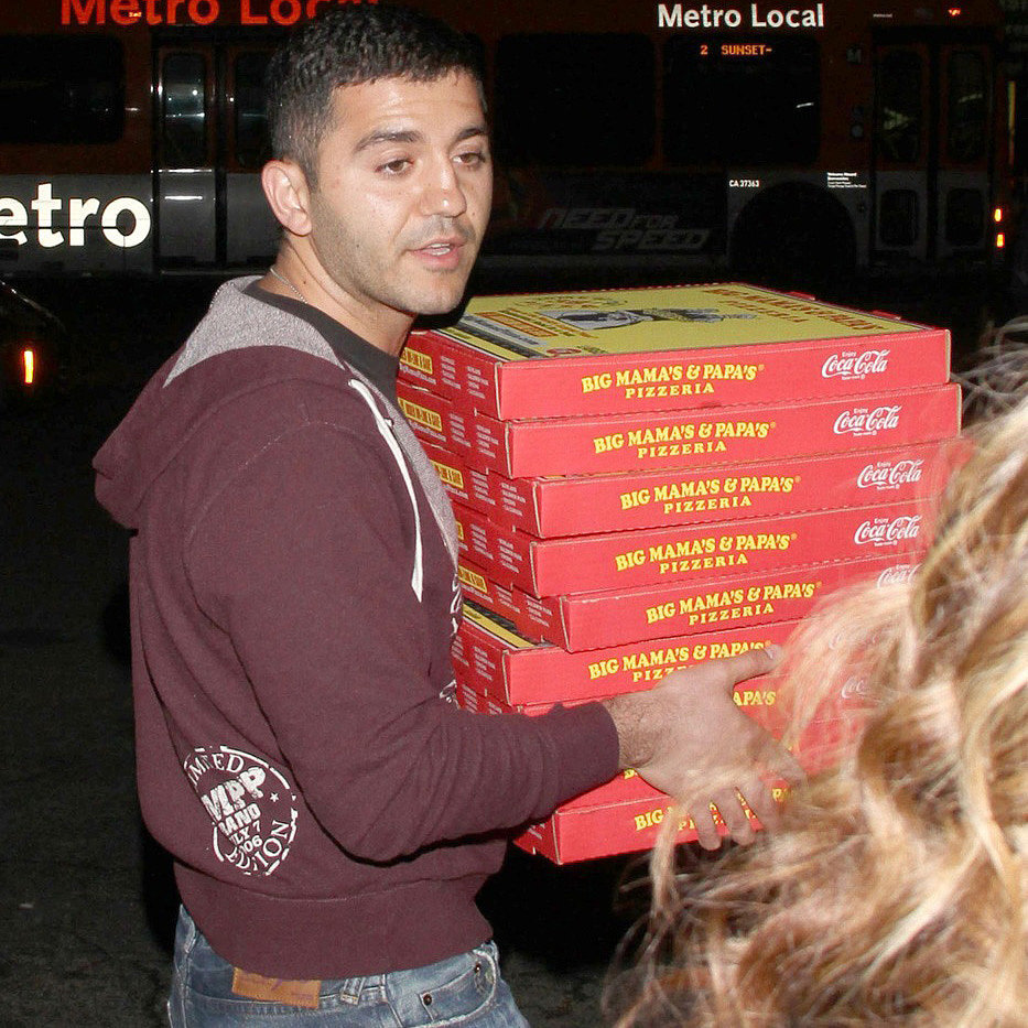 Oscars Pizza Delivery Man