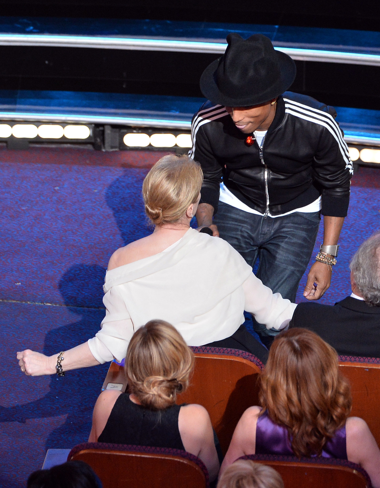 "Pharrell shimmied with Meryl Streep during his performance of ""Happy"" — making for one of the best GIFs of the night."