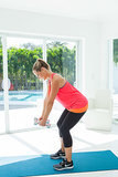 "2a. <a href="" http://www.shape.com/... "">Opposite Arm-Raise Sweep</a>"