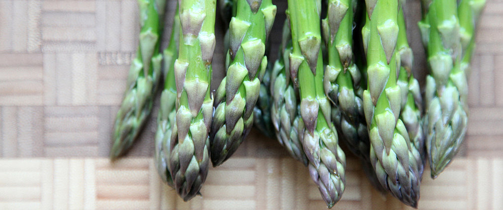 How to Pair Wine With Asparagus and Artichokes