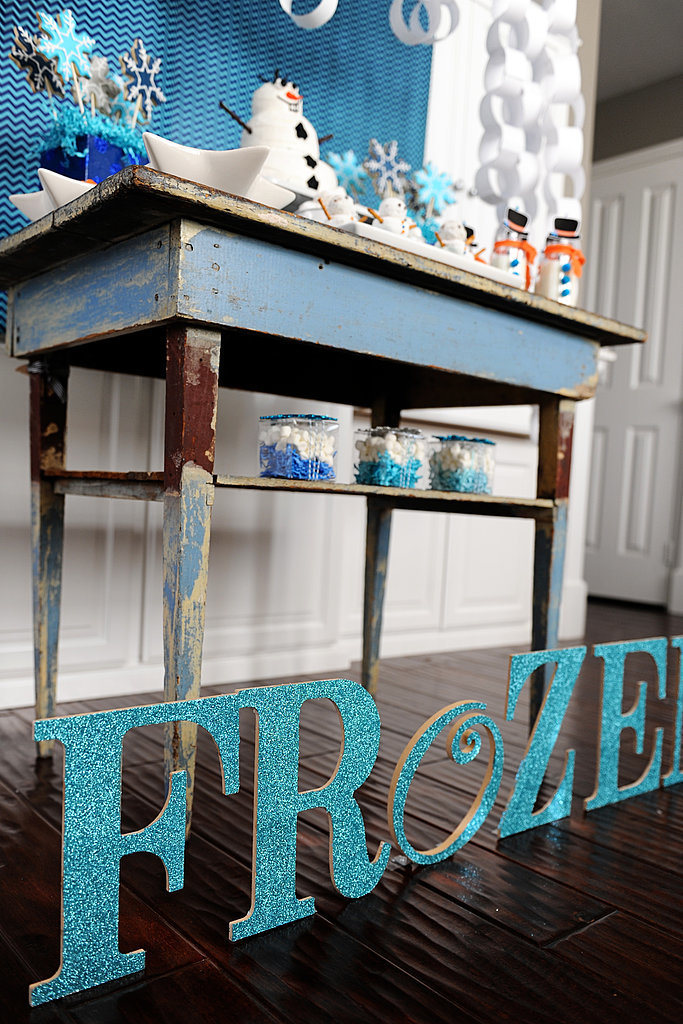 DIY Frozen Sign