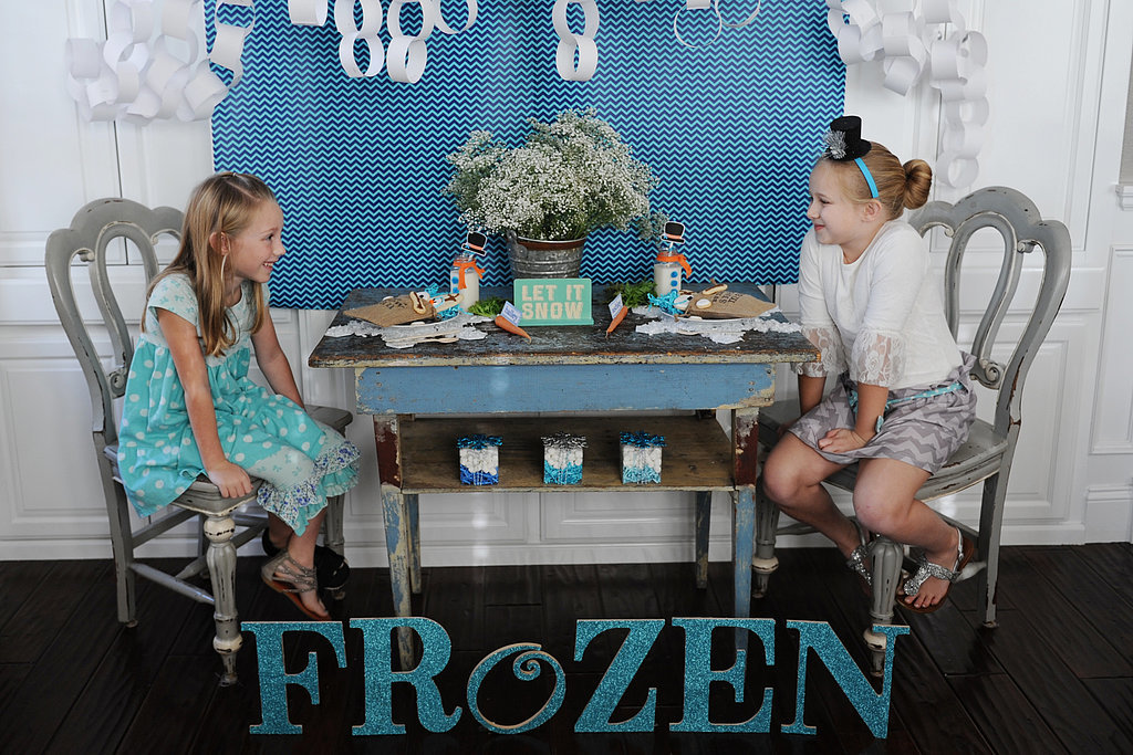 DIY Glitter Frozen Sign