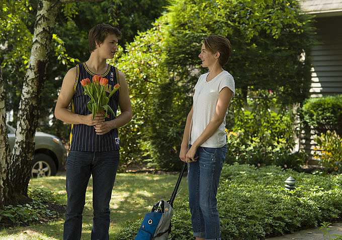 More Heart-Melting Pictures From The Fault in Our Stars Are Here