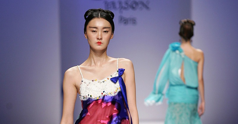 Seoul Fashion Week: Jeong Hee Suck Spring 2009