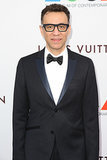 Fred Armisen and his thick frames made an appearance.
