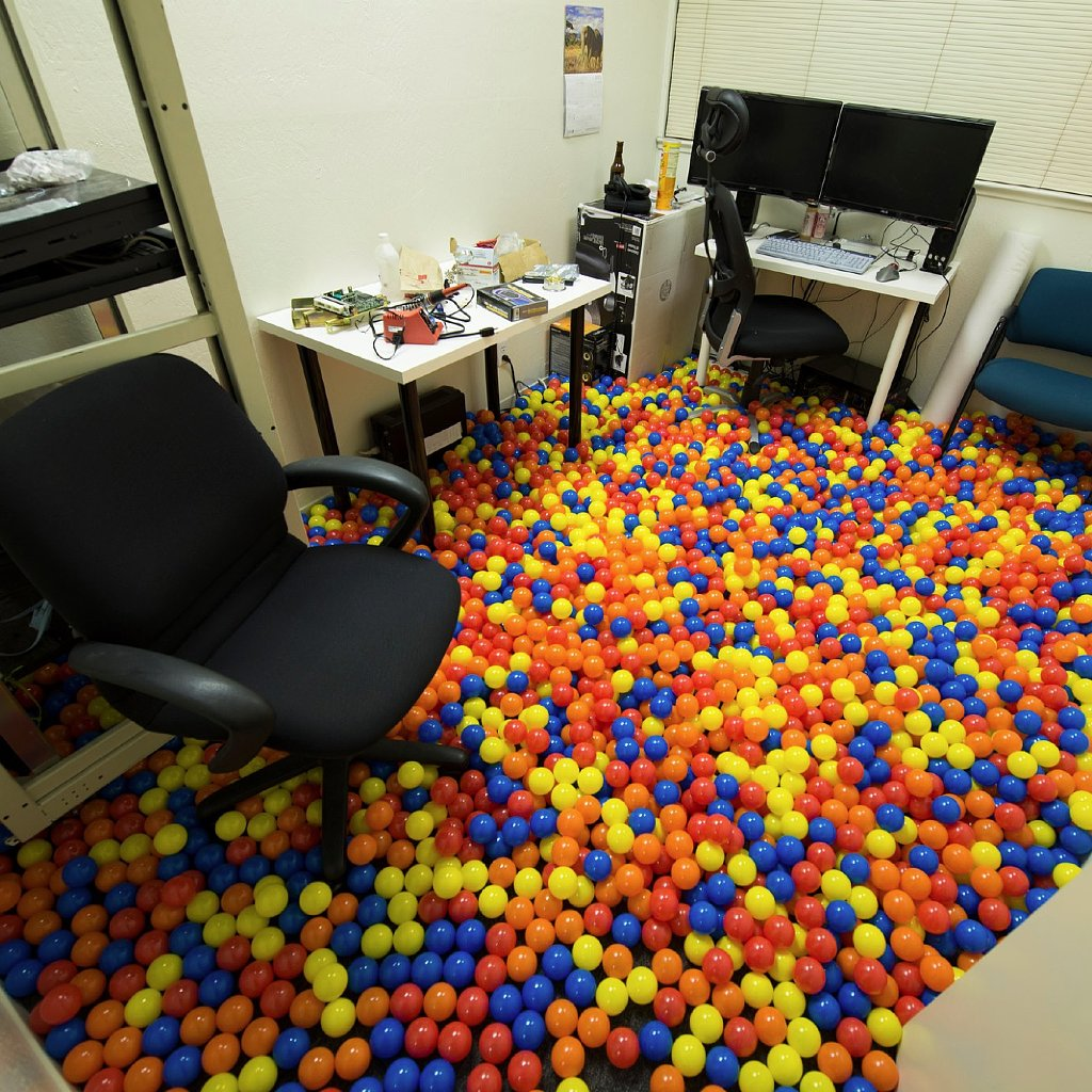 33 of the Most Epic Office Pranks