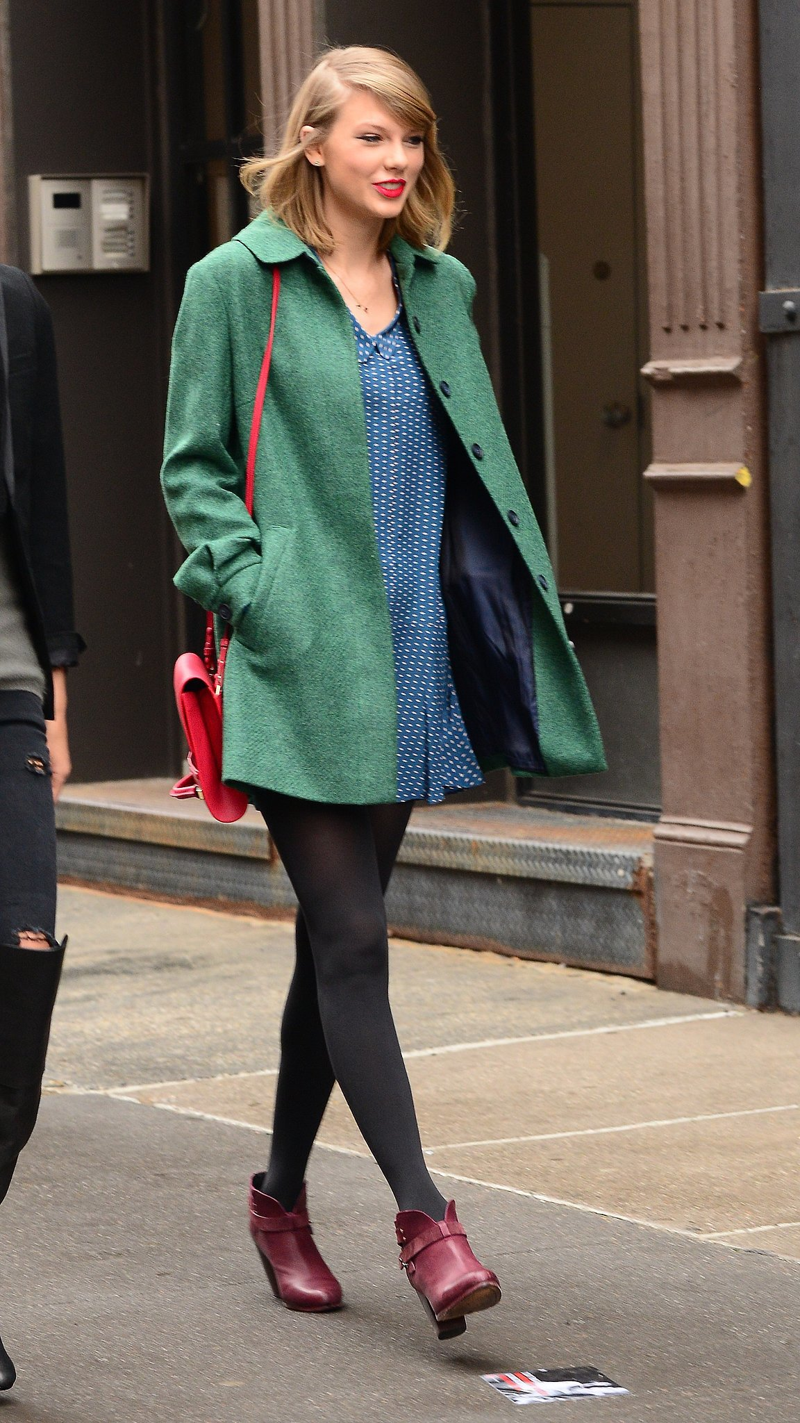 Taylor swift 39 s street style taylor swift 39 s signature Fashion style of taylor swift