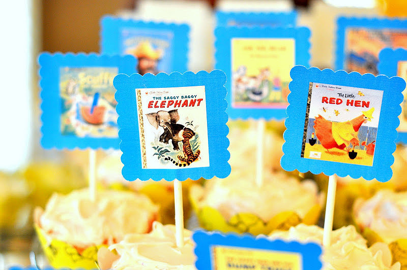 Book-Cover Cupcakes
