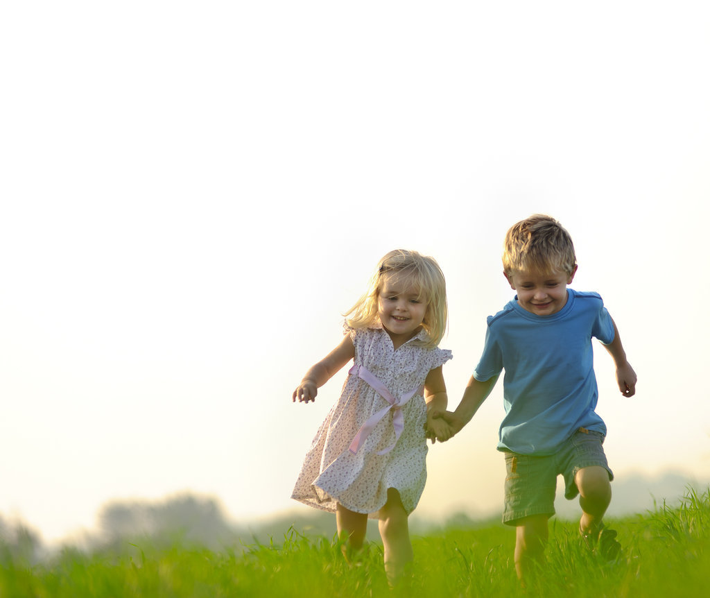 10 Reasons to Give Your Child a Sibling