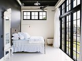 12 Warm-Weather Makeover Ideas for the Bedroom (9 photos)
