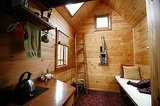 Life Lessons From 10 Years of Living in 84 Square Feet (5 photos)