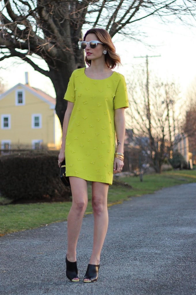 Congrats, jessannkirby! We're loving your bright dress and mules.