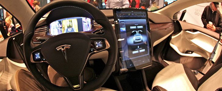How Smartphones Are Increasingly Driving Our Cars