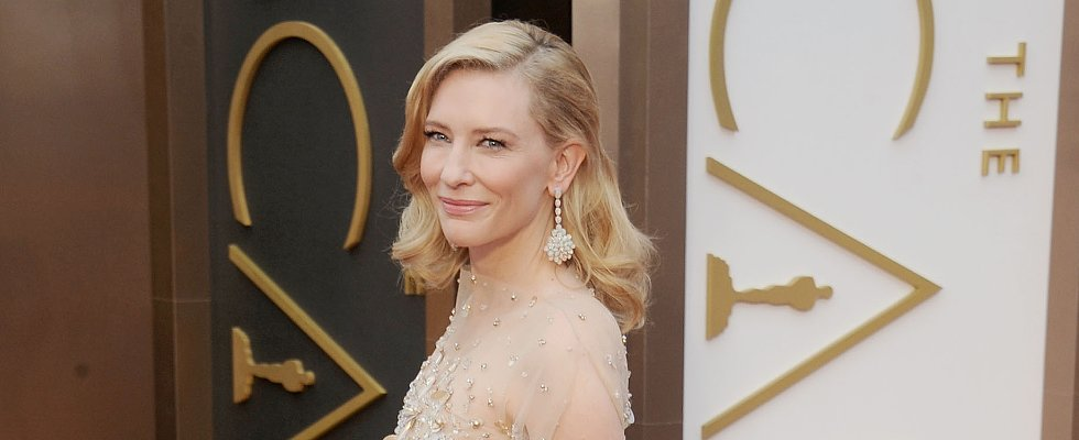 How to Smell Lovely, According to Cate Blanchett