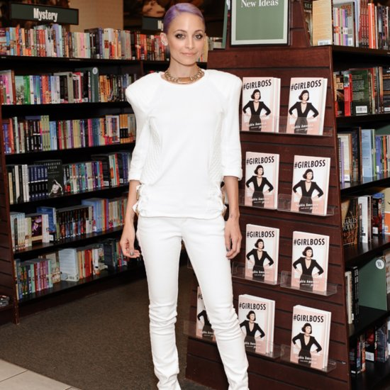 Nicole Richie in White Jeans and White Shirt Oufit