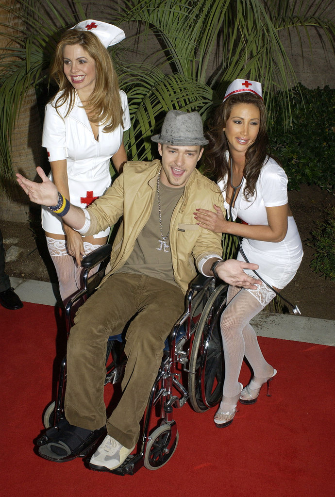 Justin Timberlake Literally Rolled Through the 2002 Awards