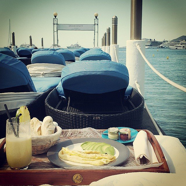 Freida Pinto shared her brunch view. Source: Instagram user freidapinto