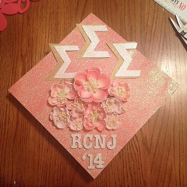 We love how sweet and feminine this cap looks. Source: Instagram user laur_114