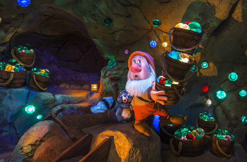 Seven Dwarfs Mine Train (Disney World, Orlando, FL)